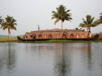 2 Most Popular Houseboats In India