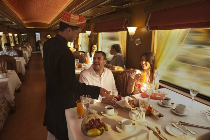 Restaurant In Maharaja Express