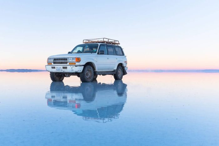 Reflection On The Salar De Uyuni