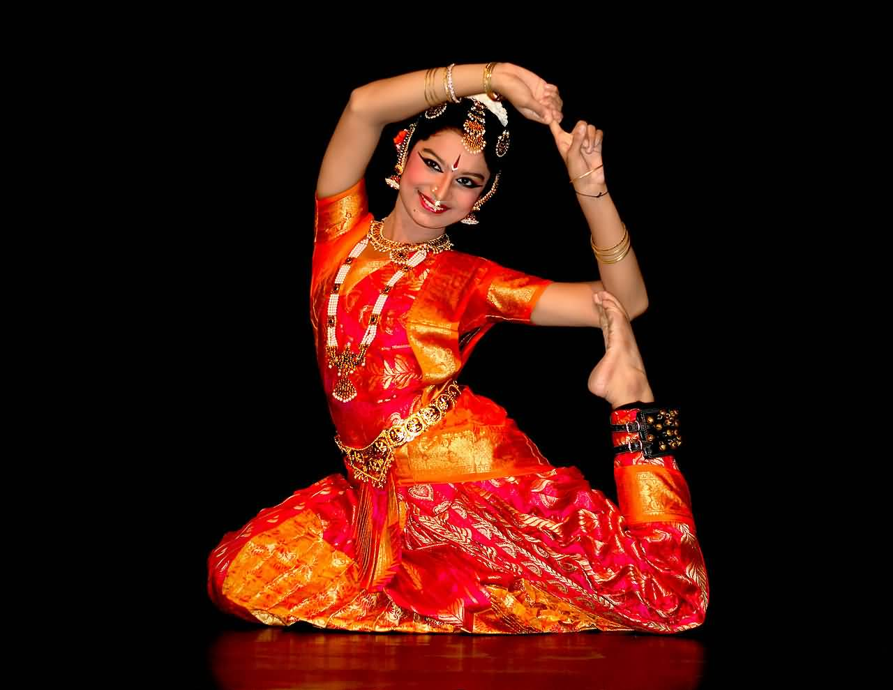 8 Famous Classical Dance Styles Of India