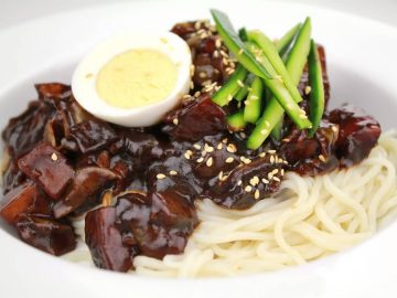 Jajangmyeon Noodles With Black Bean Paste