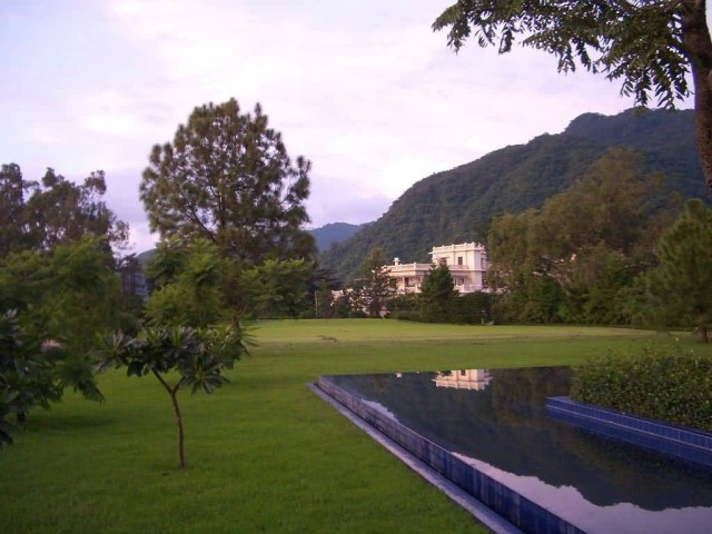 Lawns Surrounding The Ananda Spa