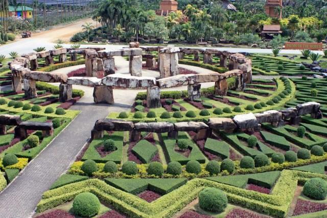 Nong Nooch Stonehenge Garden