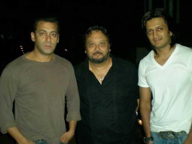 Alston Koch With Salman Khan And Riteish Deshmukh
