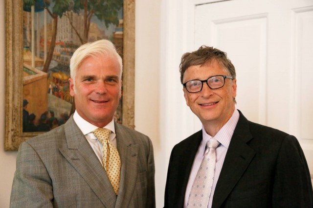 Desmond Swayne Meets Bill Gates