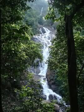 Mollem Tamdi Falls