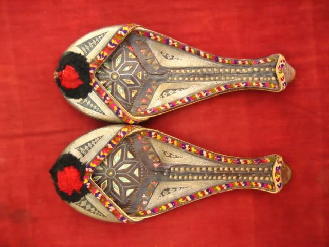 Sindhi Shoes