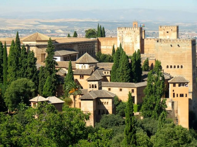 The 3 Palaces Of Alhambra