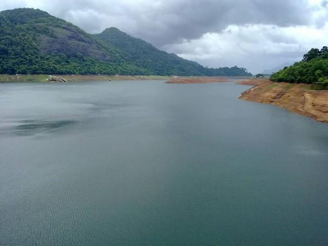 Thenmala Parappar Dam Reservoir