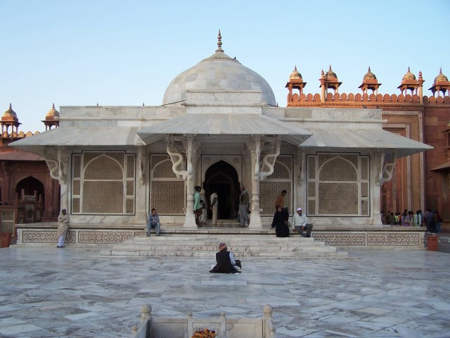 Tomb Salim Chisti