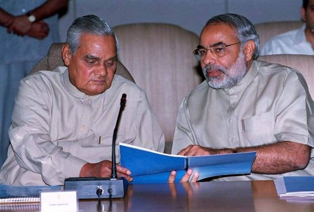 Atalbihari Vajpayee With Narendra Modi