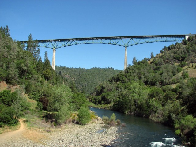 Foresthill Bridge (Photo Credit: Moiseiko  / CC BY-SA 3.0)