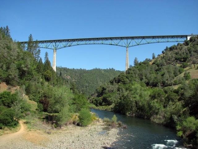 Foresthill Bridge (Photo Credit: Moiseiko  / CC BY-SA 3.0)