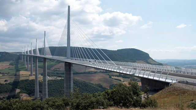 Millau Viaduct (Photo Credit: OliBac / CC BY 2.0)