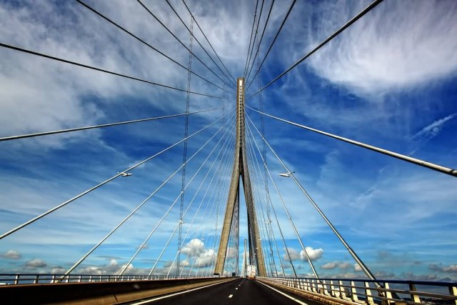 Pont De Normandie Bridge (Photo Credit: Henry_Marion / CC BY-SA 2.0)