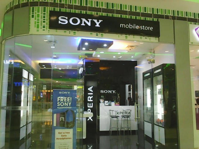 Sony Mobile Store (Photo Credit: SuperArticleGuy / CC BY-SA 3.0)