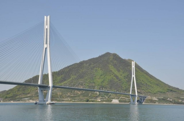 Tatara Bridge (Photo Credit: mukarin / CC BY-SA 2.0)