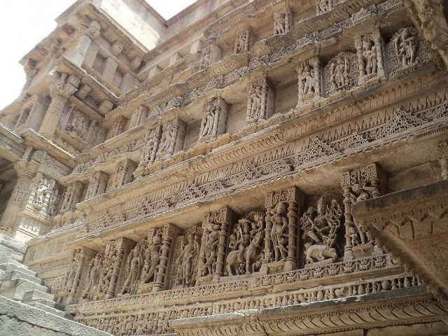 Beautiful Stone Carving, Side Walls Of Step Well