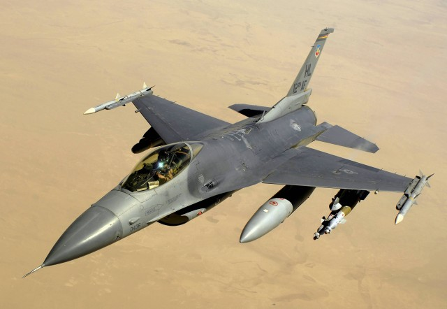 F 16(Photo Credit: Andy Dunaway/ Public Domain)