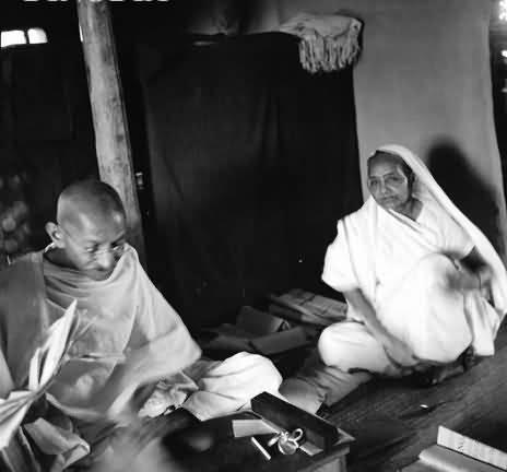 Mahatma Gandhi And Kasturba Gandhi Seated