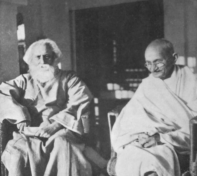 Mahatma Gandhi With Tagore