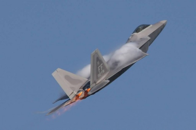 Lockheed Martinboeing F-22A Raptor (Photo Credit: F-22A_Raptor_-03-4058  / CC BY 2.0)