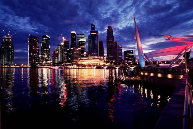 Singapore Skyline (Photo Credit: Nicolas Lannuzel / CC BY-SA 2.0)