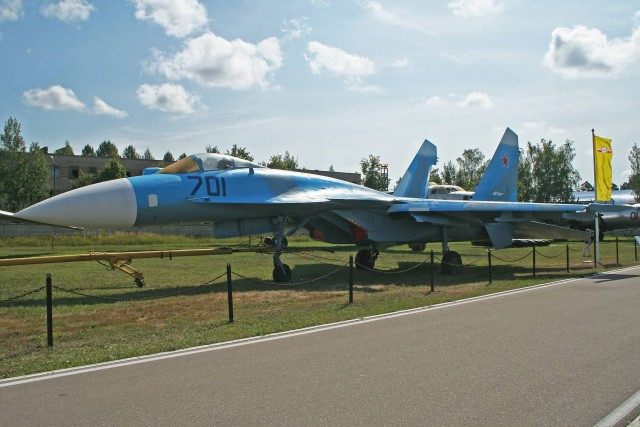 Sukhoi Su 35 (Photo Credit: Alan Wilson  / CC BY-SA 2.0)
