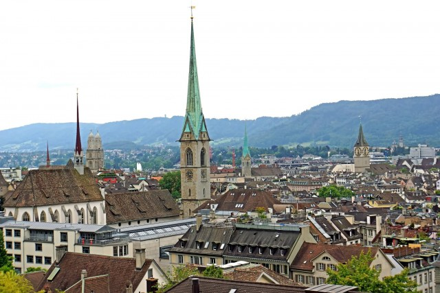 Switzerland Old Town (Photo Credit: Dennis Jarvis  / CC BY-SA 2.0)