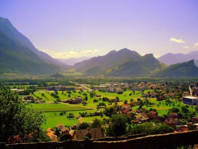 Switzerland (Photo Credit: Francisco Antunes / CC BY 2.0)