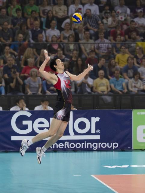 volley Ball (Photo Credit: pjt56  / CC BY-SA 3.0)
